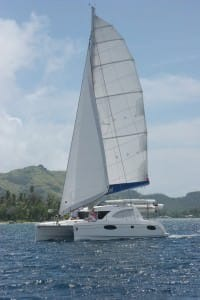 catamaran sailing tahiti